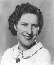 Julia Prada 1940. - falbe101